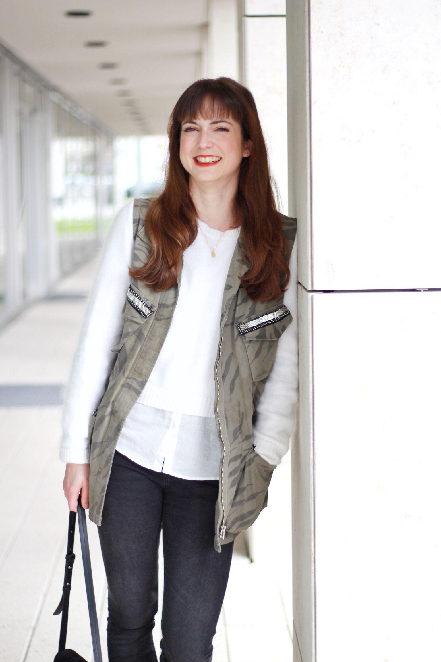 OOTD Nietenslipper von Zara, Tasche Chloé Faye Bag, Weste von Loé aus Freiburg