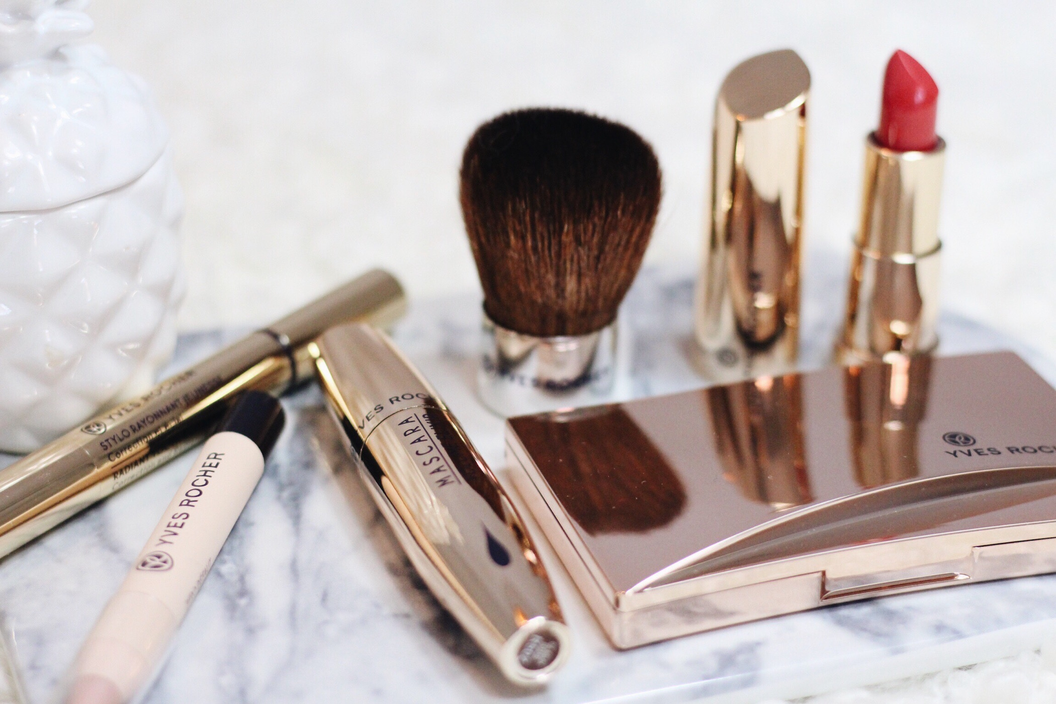 Yves Rocher Produkte im Test für meinen Beauty und Modeblog mit dabei Lippenstift, Mascara und Puder