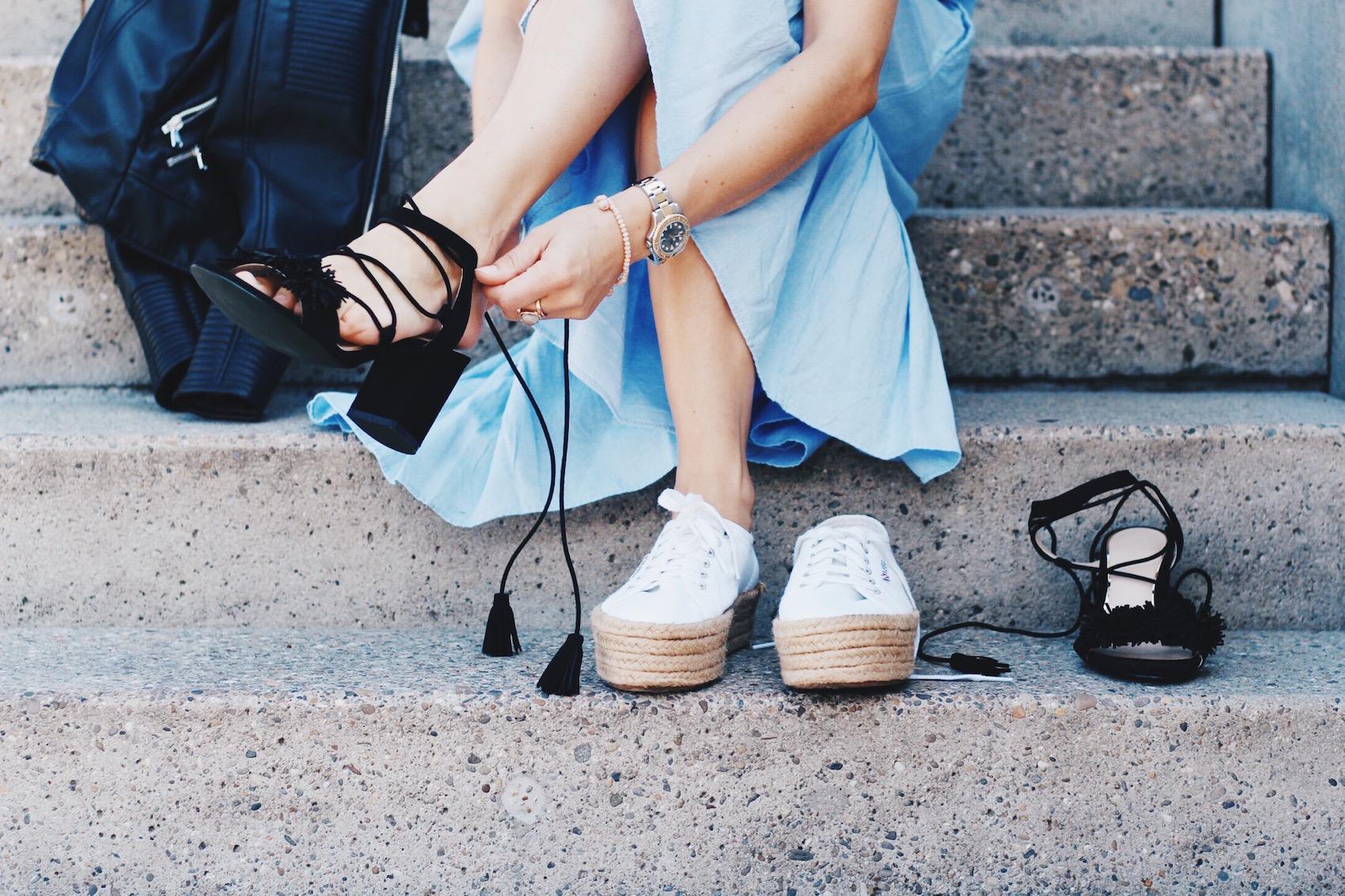 Ich trage ein Maxikleid von Zara und Gucci Dionysus Bag für meinen Modeblog