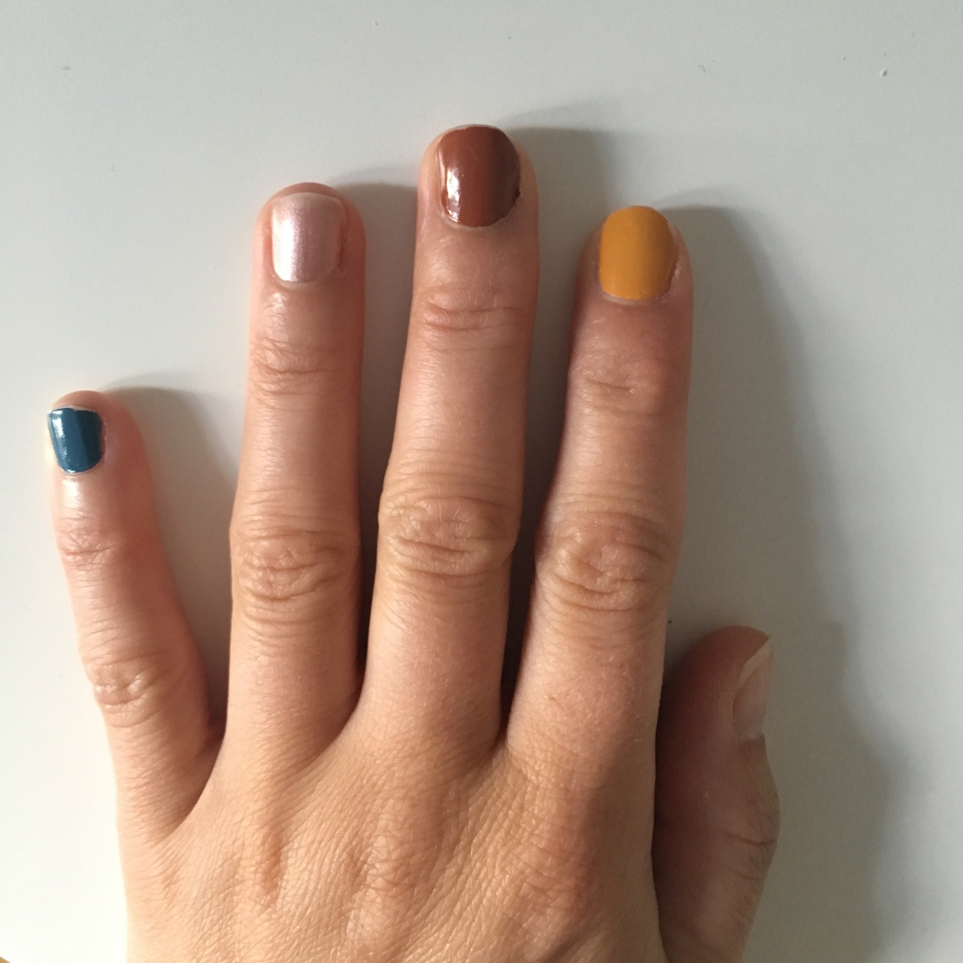 Bunt, bunt, bunt sind alle meine Nagellacke - Just a few things ...